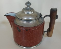 Received this gift from my mother - the coffee pot my great-grandparents brought to their BC homestead in the late 1800s.