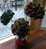 Picked some of the last hydrangeas for drying in the windowsill.